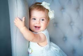 只有父母可以了解抱抱孩子的感觉。太神奇了!有些人还觉得自己的